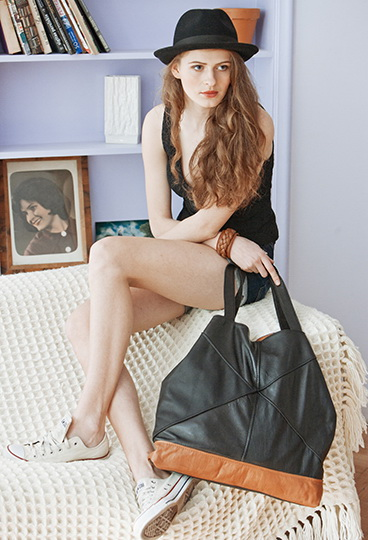 IMG_004_Shoes_handbags_accessories_photography