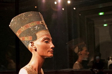 01_Nefertiti