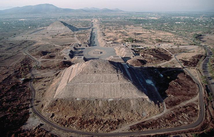 01_Teotihuakano_piramides