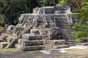 03_Maju_piramide_Uasaktune_Gvatemaloje_Nuotr_Kybi_Photo_Gallery