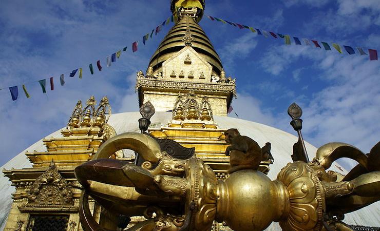 11_Budistu_stupa_ir_vadzra_Bodnatho_sventyklos_komplekse_Nepalas_Saltinis_joo_peter_photoshelter_com